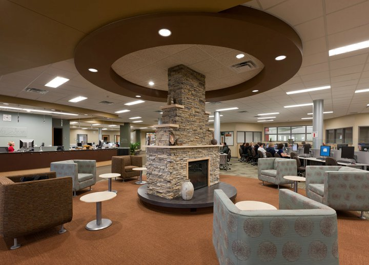 The Learning Center at Chippewa Valley Technical College. Image provided by Vince Mussehl. CVTC