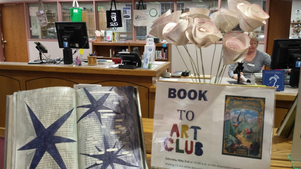 Waupaca Book to Art Club
